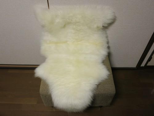 IKEAのLUDDE 羊毛ラグ