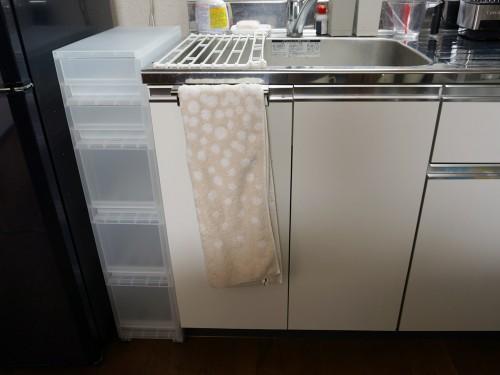 シンクと冷蔵庫の間After